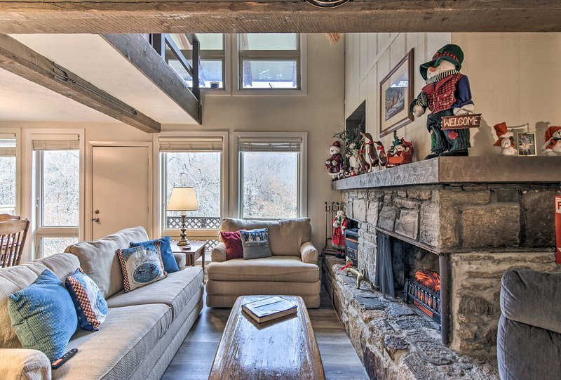 Experience the beauty of Beech Mountain from the cozy vacation rental condo!