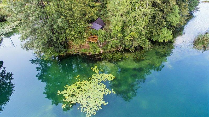 RIVERLAND Mreznica, holiday rental in Otok Ostarijski