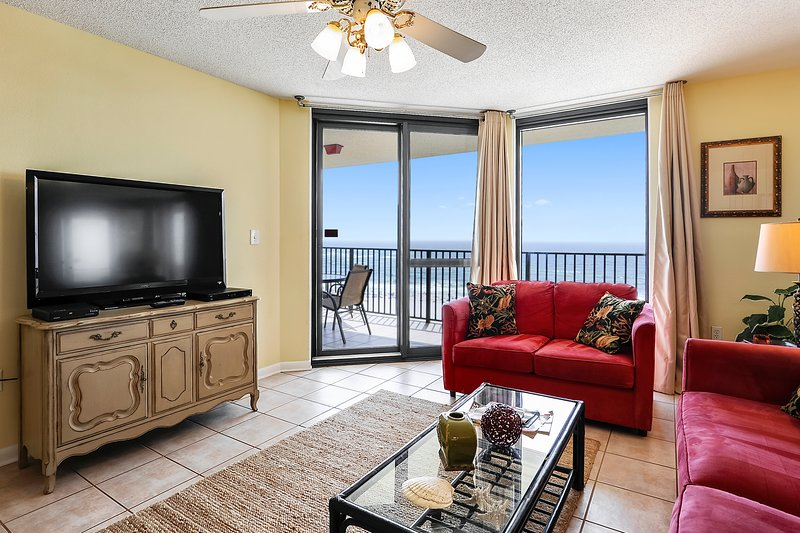 Spacious Living Room with Balcony access and beautiful views