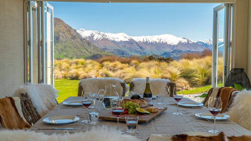 Release Wanaka - Westlands, stunning views from this large, family holiday home sleeping 10 guests.