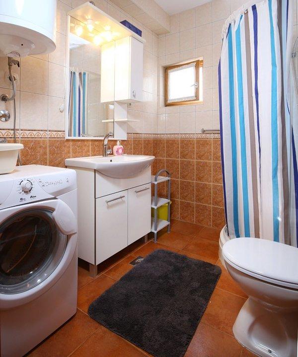 A3 (4 + 1): banheiro com vaso sanitário
