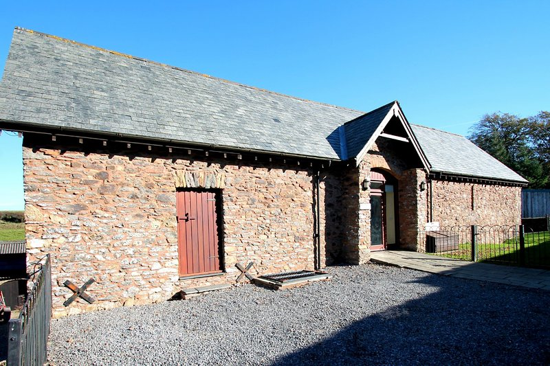Yenworthy Barn, Countisbury - Large converted barn for up to 10 guests in rural, vacation rental in Exmoor National Park