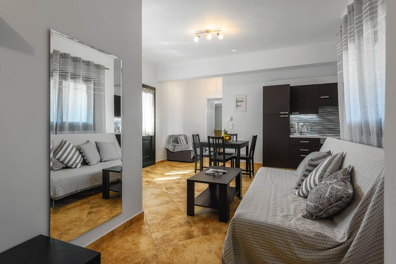 One-Bedroom Apartment, holiday rental in Kampi