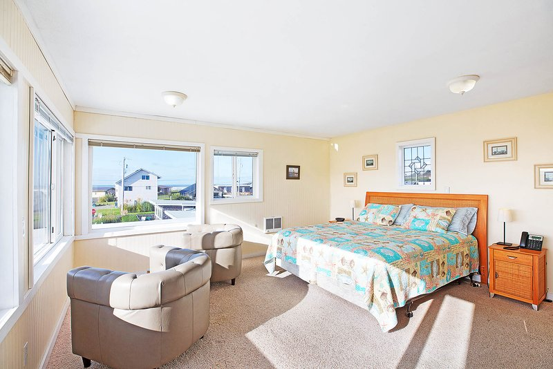 Weary O'Leary Penthouse, holiday rental in Copalis Beach
