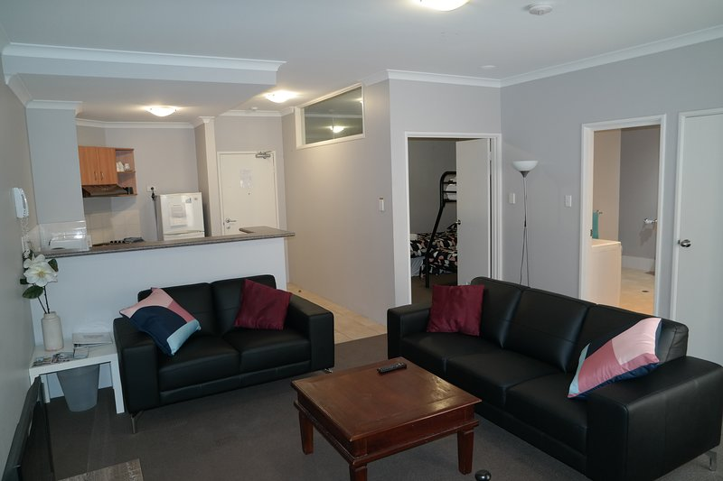 Duchess Apartment, holiday rental in Shenton Park