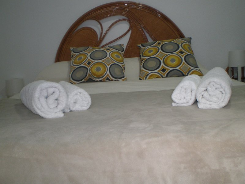 MAIN BED OF THE DELUXE ROOM OF 1.50 CM. WIDE