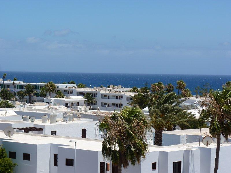 L'appartamento ha una bella vista sui tetti del mare