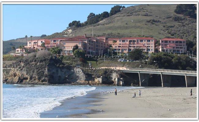 San Luis Bay Inn overlooks the beach