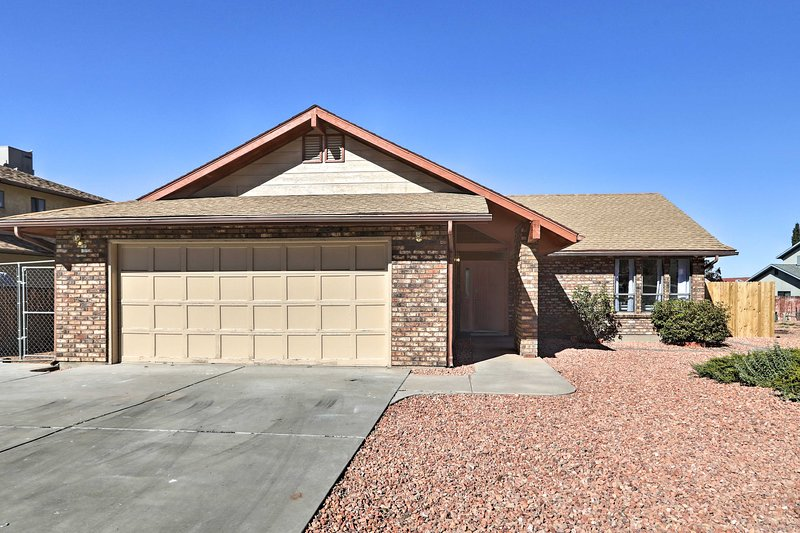 The home is just minutes from Horseshoe Bend!