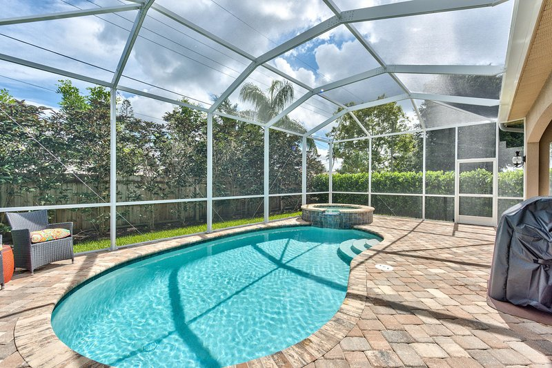 Private Pool and Hot Tub with Ample Seating; Walk to Vanderbilt Beach; Private!
