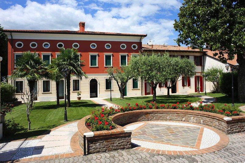 Villa Tiziano Residence, vacation rental in Pove del Grappa