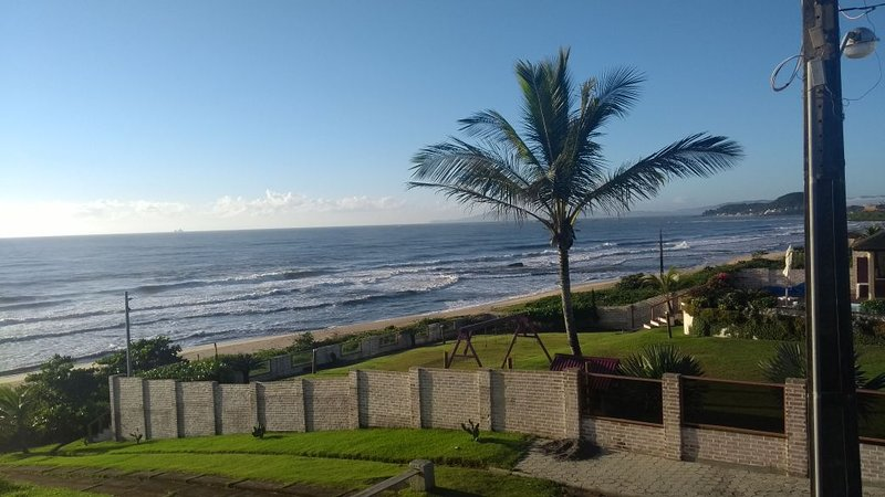 VISTA Maravilhosa Para o Mar - 15 minutos Beto Carrero World, Praia do Sol., alquiler de vacaciones en Picarras