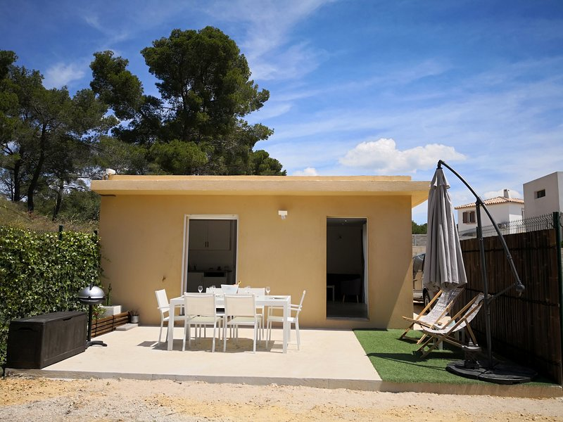 Nice house with garden & terrace, vacation rental in Ceyreste
