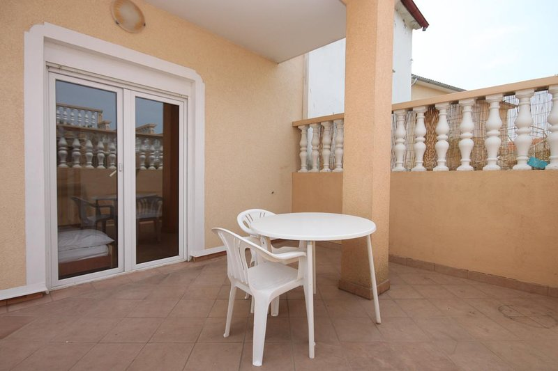 Podvrslje Apartment Sleeps 4 with Air Con - 5465466, holiday rental in Sveti Petar na Moru