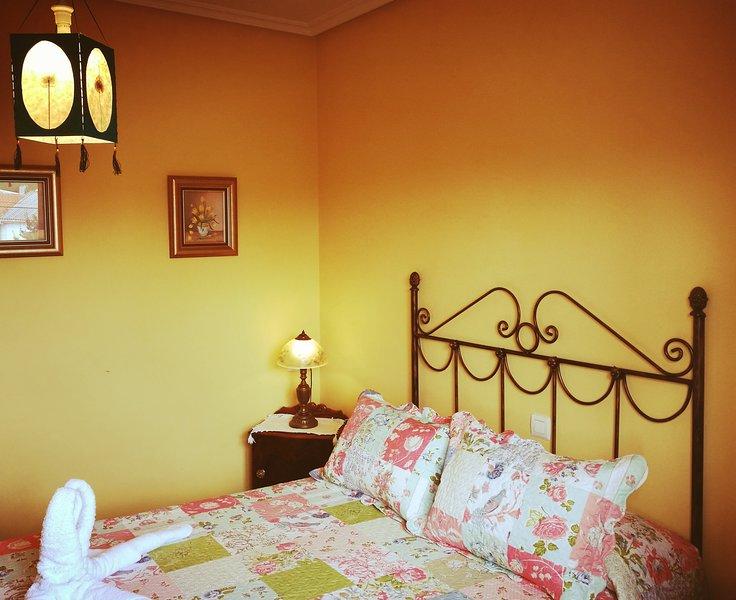 APARTAMENTO LOZANO III, holiday rental in Acebo