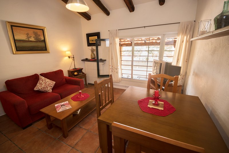 Casa Rural Can Gat Vell 2 personas Costa Brava a 17 km, Piscinas, location de vacances à Pontos