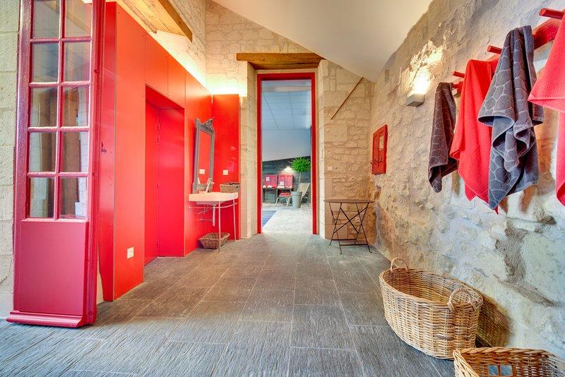 Suites du Chateau MOH Piscine intérieure ouverte et chauffée tout au long de l'année