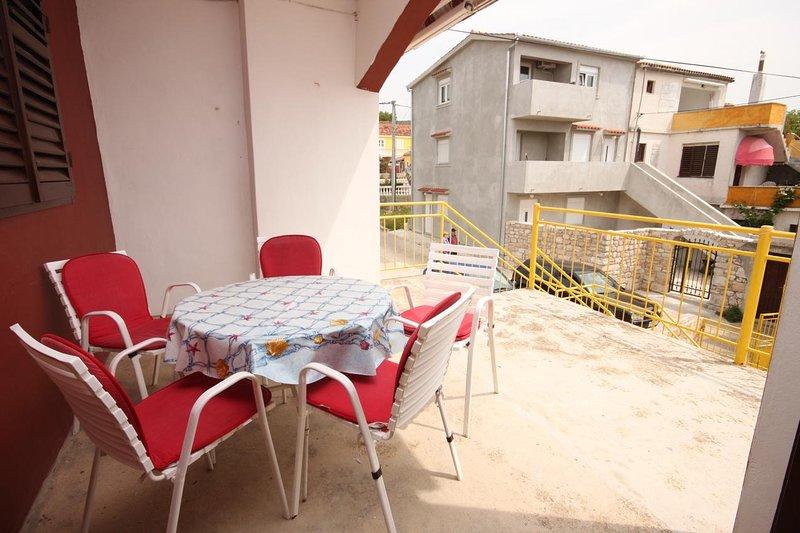 Cimera Apartment Sleeps 6 with Air Con - 5465458, holiday rental in Sveti Petar