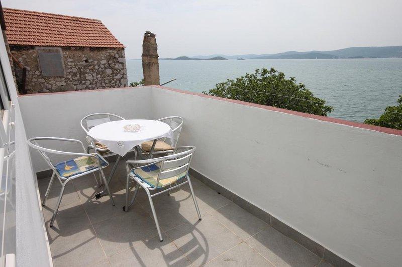 Cimera Apartment Sleeps 4 with Air Con - 5465456, holiday rental in Sveti Petar