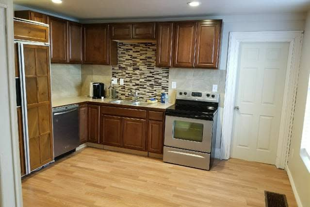 Updated apartment by downtown Cheyenne, holiday rental in Cheyenne