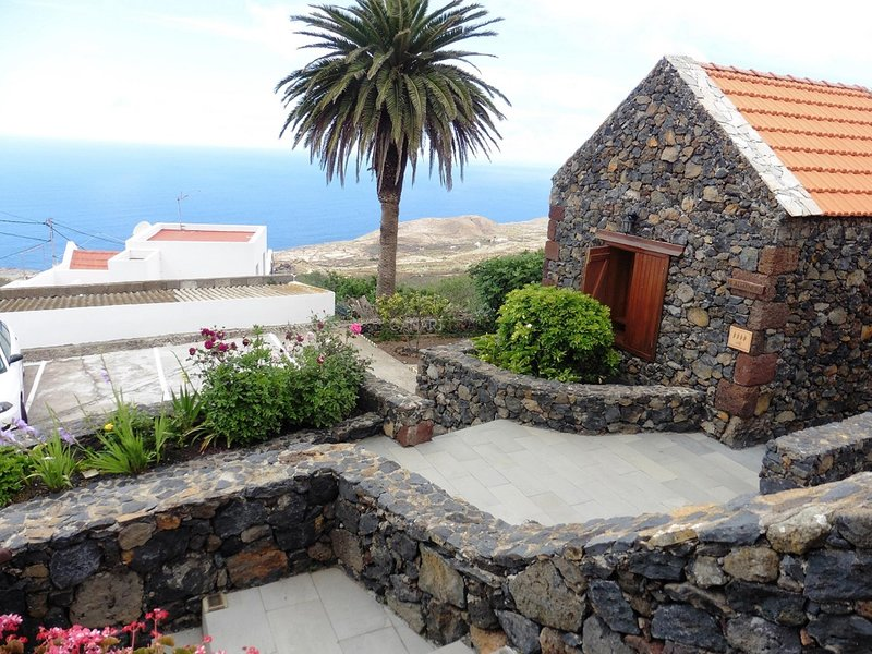 Charming Country house Mocan, El Hierro, alquiler de vacaciones en El Hierro