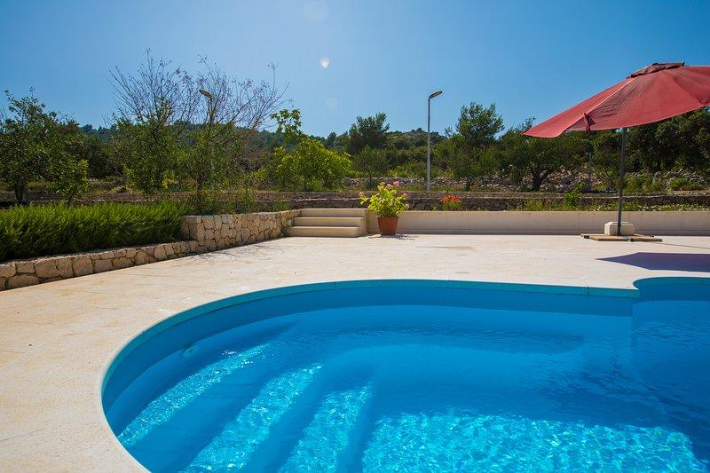 Holiday Rental Property near Sea; Private Pool Spacious Terrace & gardens Razanj, vacation rental in Razanj