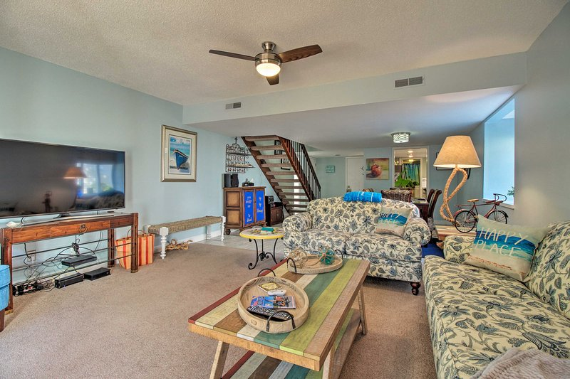 Escape to beautiful Hilton Head Island at this vacation rental townhome!