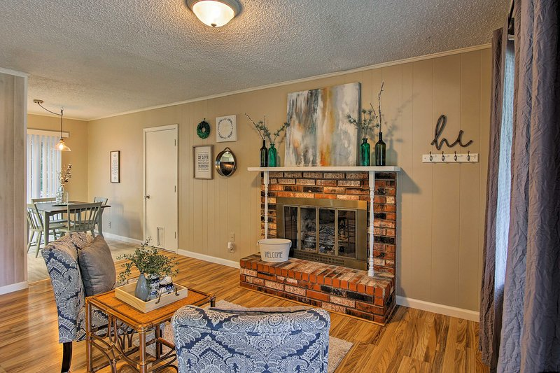 This spacious 3-bed, 2-bath house includes 1,300 square feet of living space.