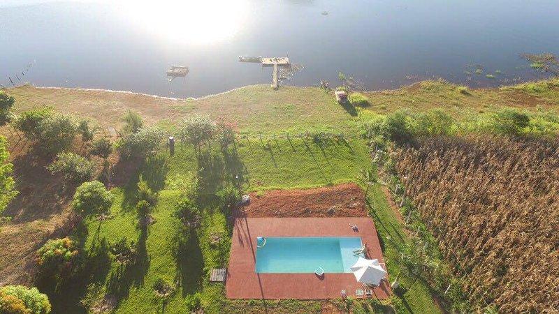vista aérea da piscina,