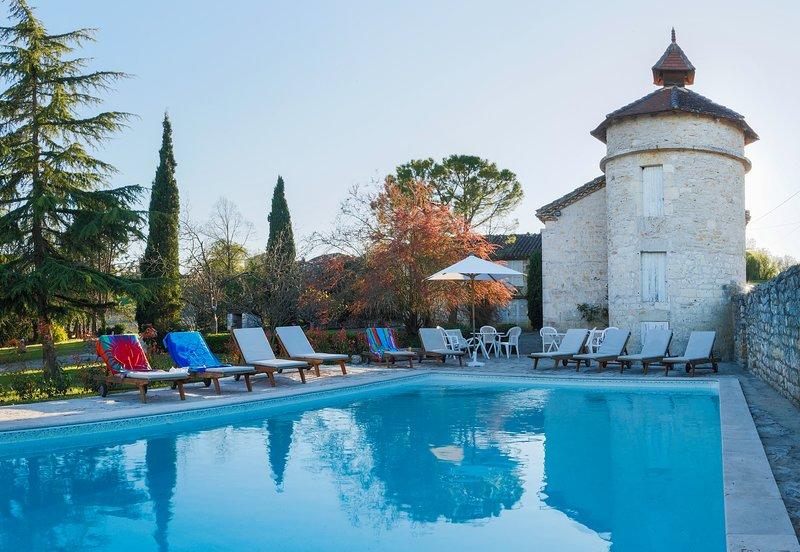 La piscina riscaldata al tramonto, sempre un'attrazione