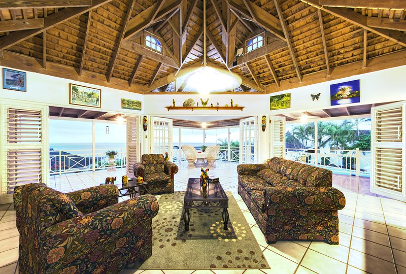 Discovery Bay Villa | Ocean View | Affordable Luxury, vacation rental in Discovery Bay