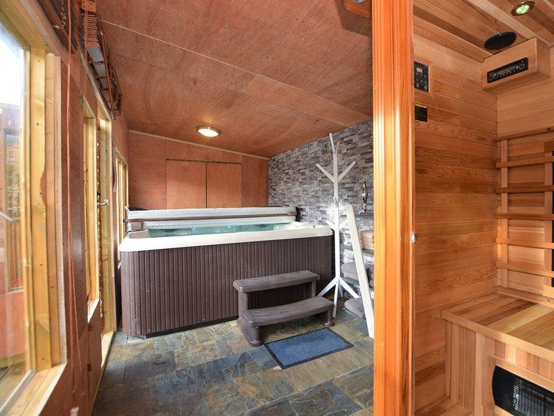 Enjoy the sauna and hot tub