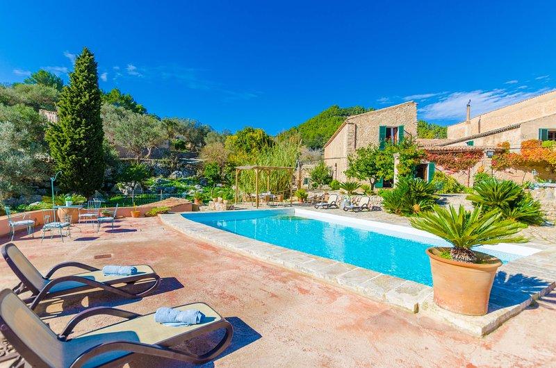SOBREAMUNT - Villa for 6 people in Esporles, location de vacances à Galilea