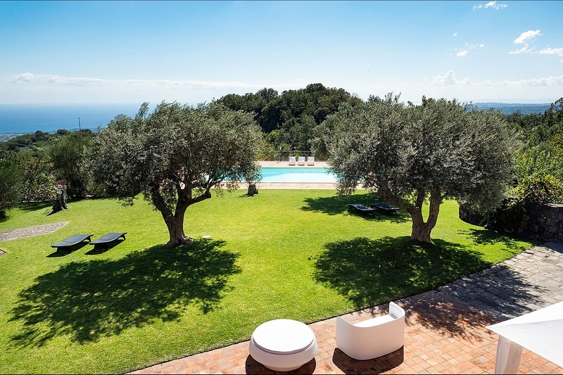 Villa Pisacco, location de vacances à Milo