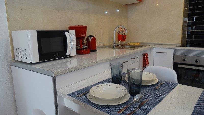 Casa En La Costa - Ramon Gallud, vacation rental in Torrevieja