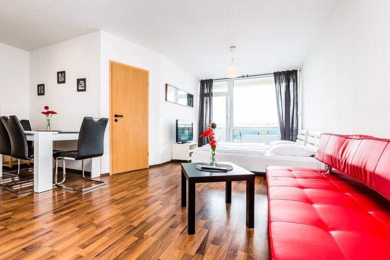 K05 Apartment Deutz mit Domblick, alquiler vacacional en Rieth