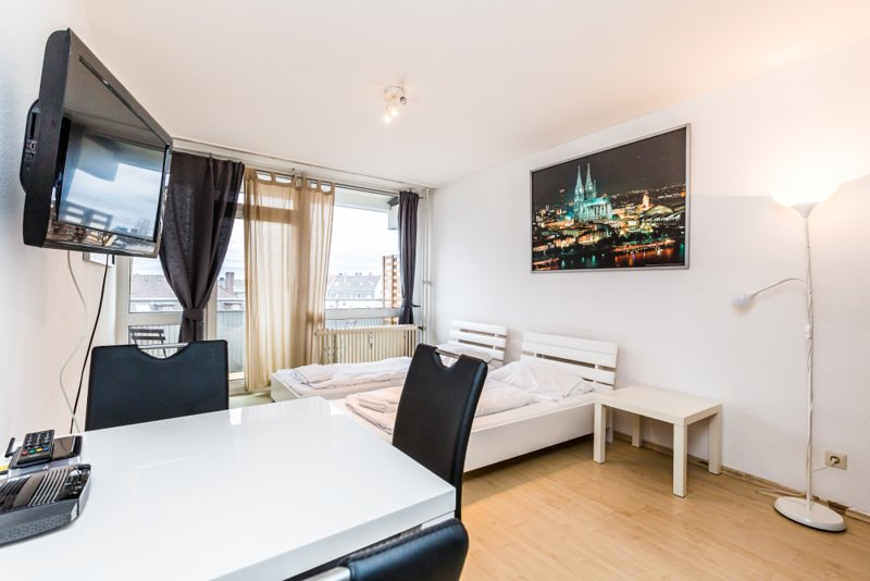 K31 Studio Apartment Deutz mit Balkon, alquiler vacacional en Rieth