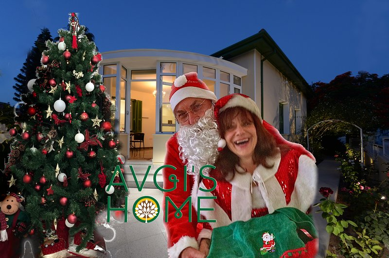 Santa Claus and Clausina arrive to visit Avgi's Home at Limassol Town
