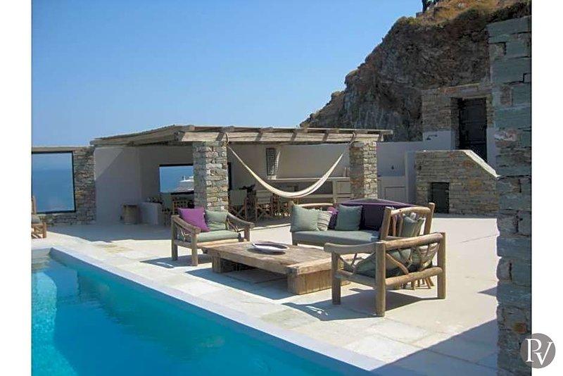 Korissia Villa Sleeps 10 with Pool and Air Con - 5433455, holiday rental in Korissia