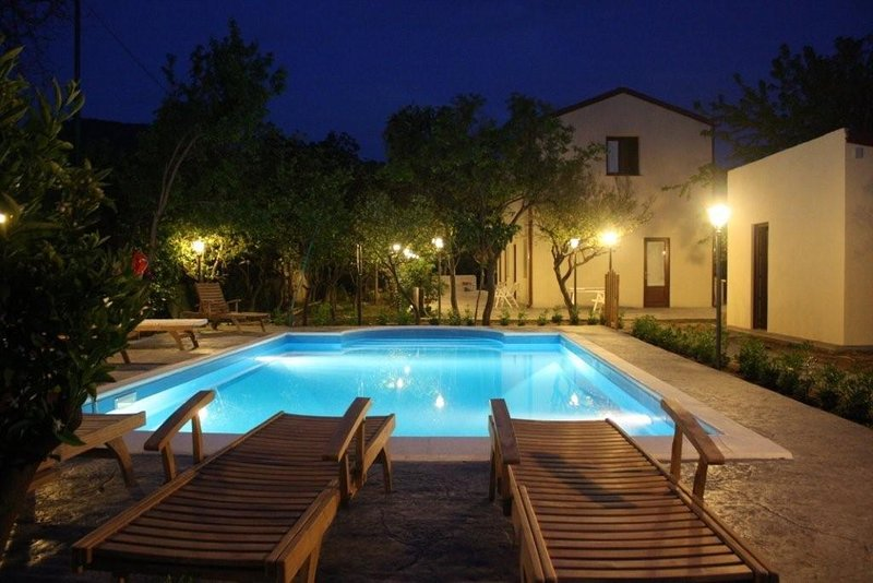 Villa Giardino Paradiso sul mare, con Piscina Riscaldata, a Cefalù con 16 posti – semesterbostad i Piane Vecchie
