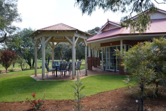 Karri Ridge Chalets - Hamelin, vacation rental in Margaret River Region