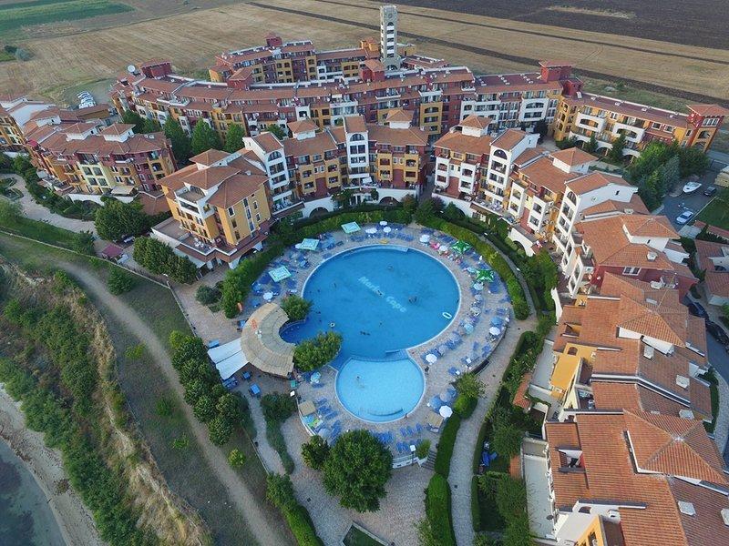 Visit Sunny Beach Elitsa Sea View and Pool View Apartment, holiday rental in Kableshkovo