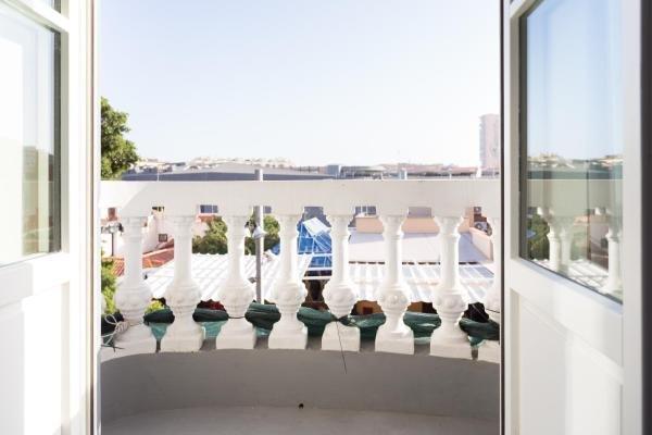 terraza en la azotea con jacuzzi