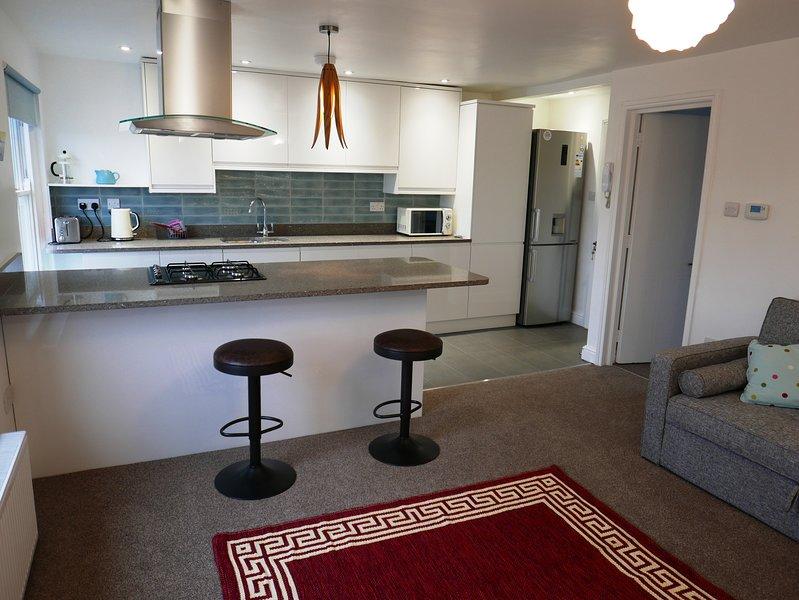 Stylish New Apartment 10 Minutes Walk to Historic City Centre, holiday rental in Madingley