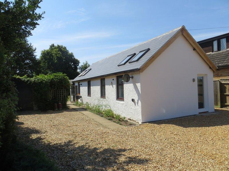 Willow Cottage - lovely, near Sandringham, holiday rental in Dersingham