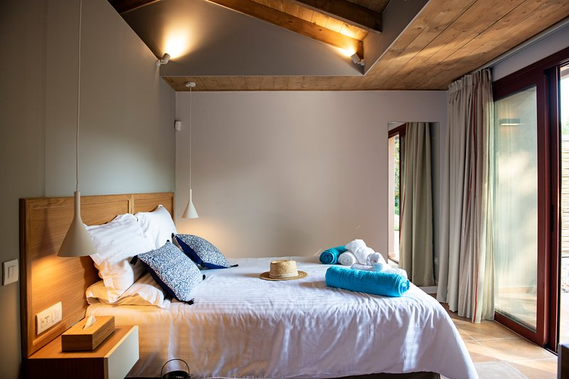 Klaritz Suites – Privè Residence Cephalus, Ferienwohnung in Lassi