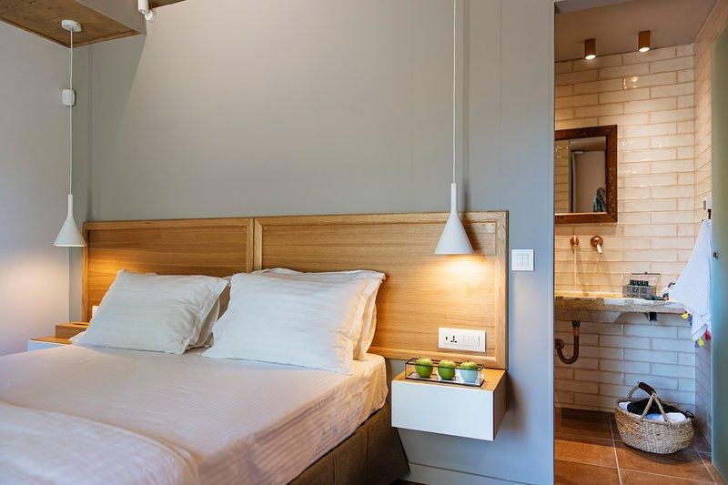 Klaritz Suites – Privè Residence Aurora, Ferienwohnung in Lassi