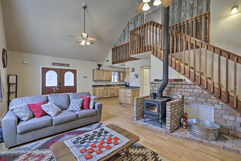 This welcoming Flagstaff home awaits your group of up to 13 guests.