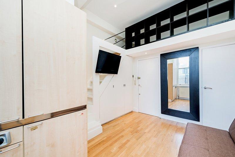 24/43 Stunning Studio in Notting Hill, Ferienwohnung in Willesden