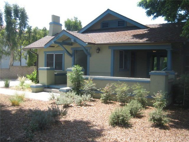 Craftsman Style Vacation Home by Disneyland & Knotts, holiday rental in Tustin